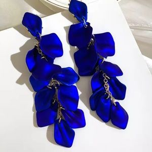NEW Hanging Blue Rose Petal Earrings Jewelry